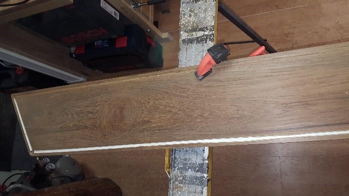 Renovering av båtskylt i trä